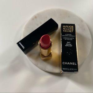 Chanel Rouge Allure Velvet #247